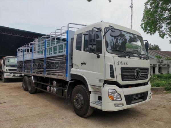 Xe tải dongfeng 3 chân mới 2020