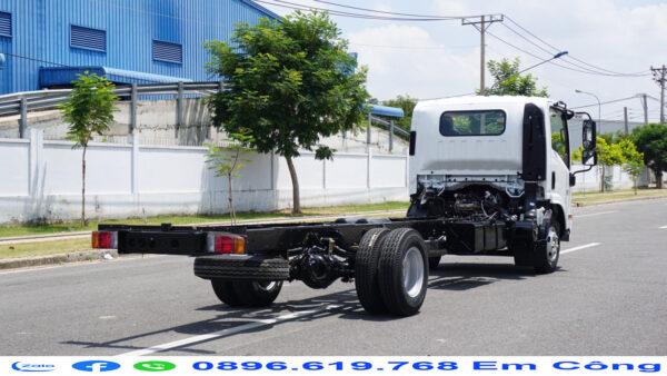 Hệ thống chassis chắc khỏe đảm bảo vận chuyển hàng hóa mọi địa hình.
